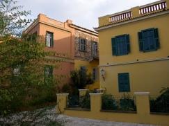 maison jaune